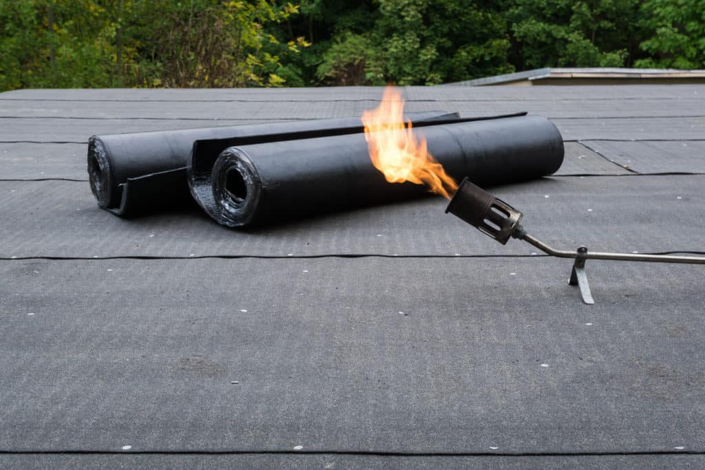 Flat Roof Materials - Easy Expert Advice! (651)703-2336