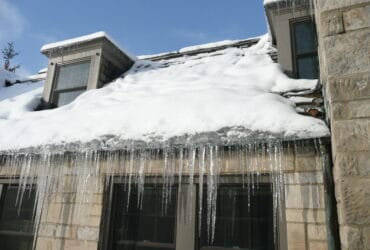What Is an Ice Dam on Your Roof?